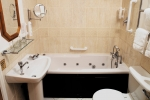 leeson-bathroom-2