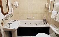 Leeson-bathroom-2