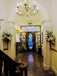 Leeson-hallway